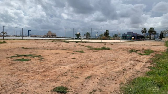 Espacio campo futbol playa Los Urrutias